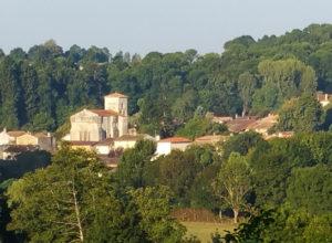 Panorama sur le bourg d'Augé
