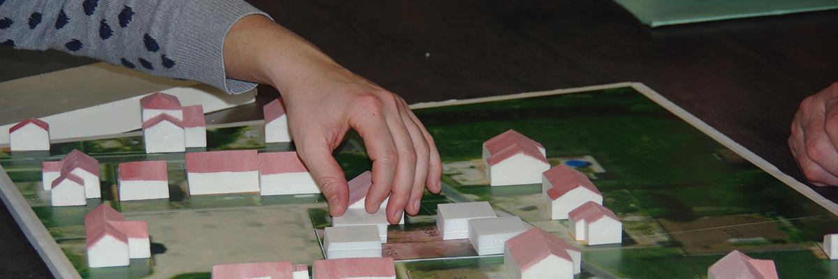 Exercice : implanter 4 logements sur 2 parcelles de superficie restreinte