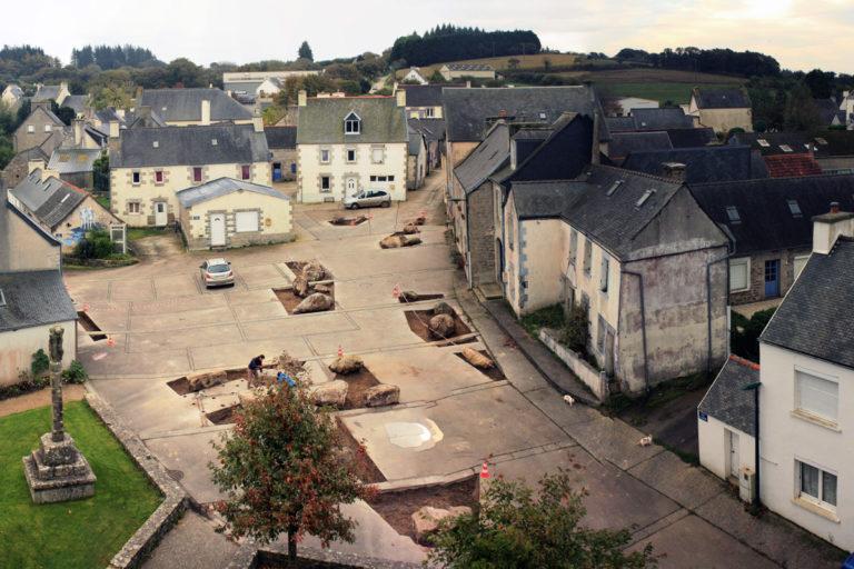 Cloître-Saint-Thégonnec (29), après les aménagements de l'Atelier Bivouac © Atelier Bivouac