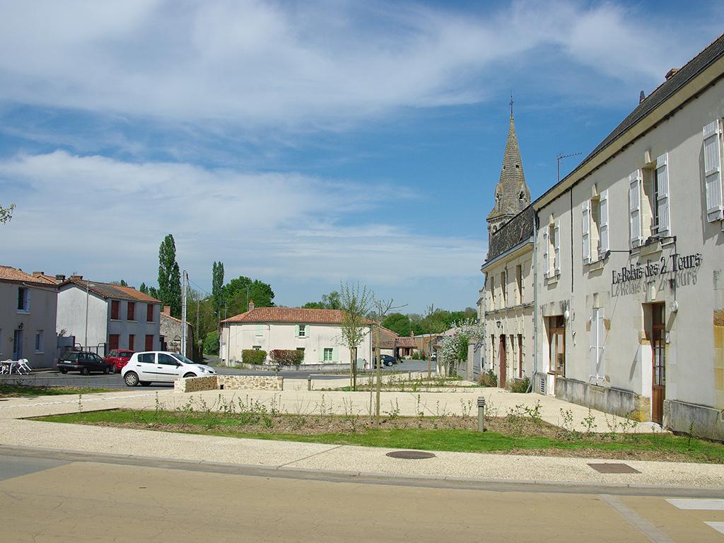Aménagements de Bouillé-Saint-Paul (Val-en-Vignes) par Denis Delbaere, paysagiste